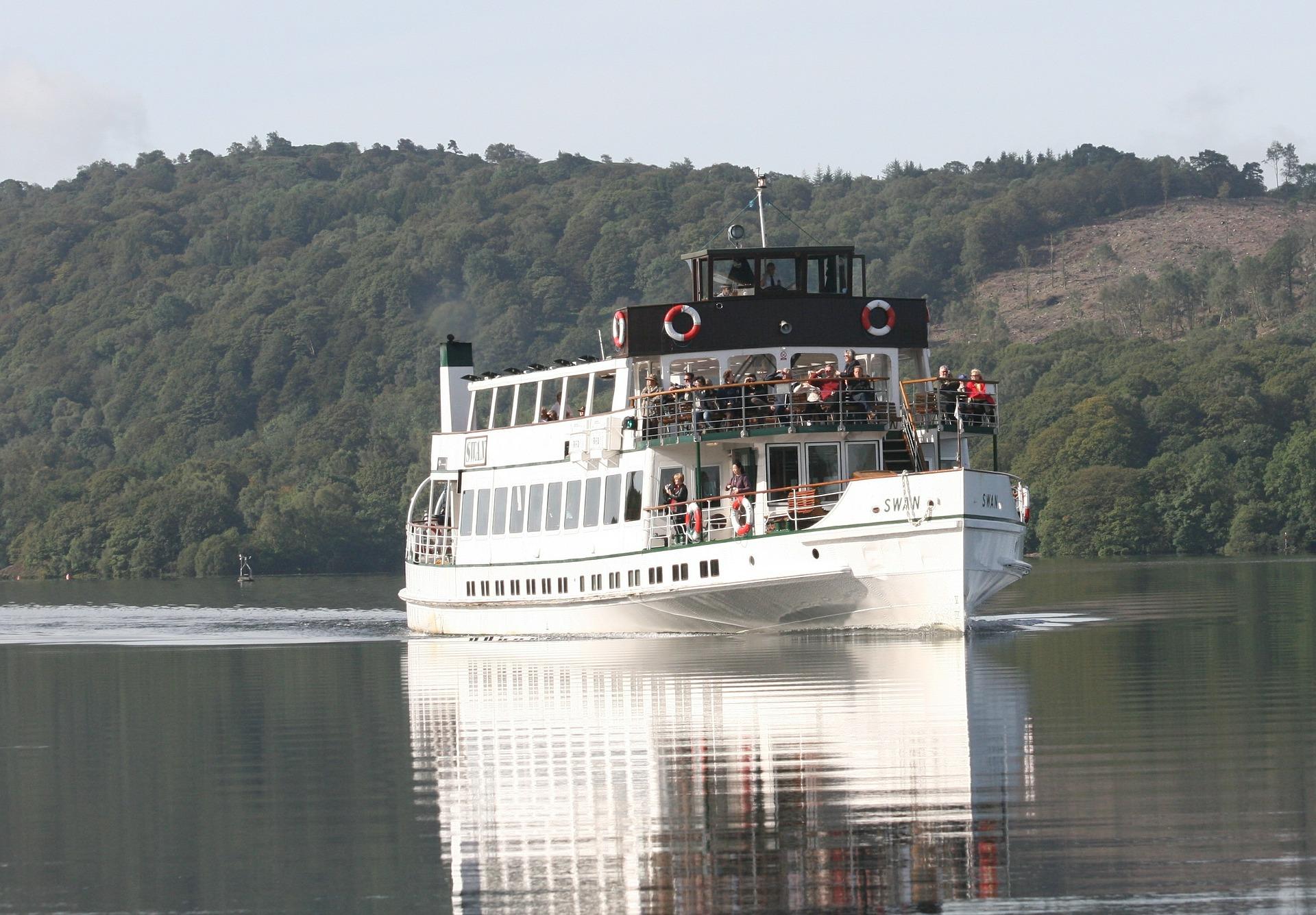 River cruise on Lake Windermere